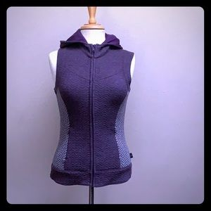 Hooded wool zip front zip pocket herringbone vest
